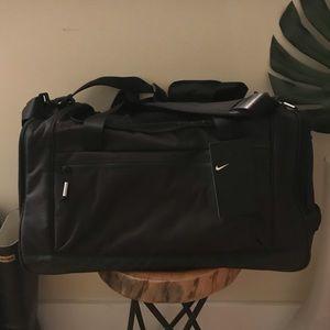 Nike duffel bag, black, large, NWT
